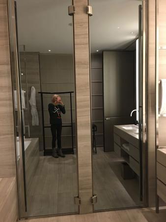 Armani Hotel Trattamenti Marmi